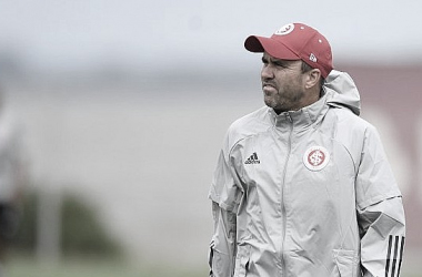 Coudet pode optar por um Inter mais criativo contra U. de Chile no Beira-Rio