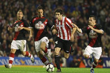 Javi Martínez durante un encuentro con el Athletic / Web: Athletic Club de Bilbao oficial