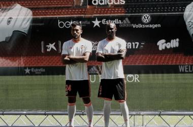 Mestalla espera el debut de su nuevo muro