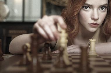 """Netflix, demandado por difamación y sexismo en """"Gambito de Dama"""""""