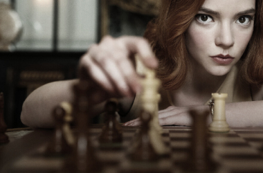 'Gambito de Dama' rompe récords en Netflix