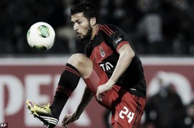 «Negócio Garay» afastou Real do Benfica e aproximou «blancos» do FC Porto