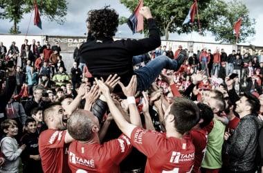 El Olot, celebrando la permanencia | Foto: Isaac Planella - UE Olot