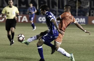 Garro(7) en el encuentro frente a Sport Boys en Bolivia, fue figura en aquella ocasión.