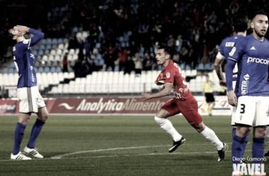 El Almería venció 3-0 en el último duelo con el Oviedo
