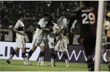 Gimnasia visita a Colón para seguir en busca del equipo ideal