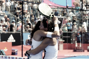 Abrazo final de las ganadoras I Foto: world padel tour