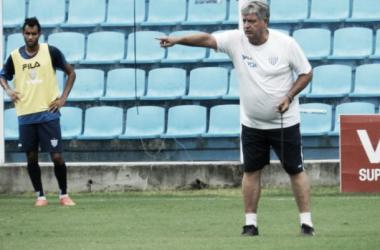 Equipe se Geninho segue sem vencer no Catarinense (Foto: André Palma Ribeiro/Avaí)