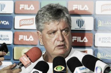 Time de Geninho empatou suas duas partidas no Campeonato Catarinense (Foto: Divulgação/Avaí)