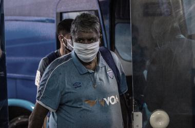 """Geninho admite pressão no cargo após derrota do Avaí para Oeste: """"Tentando fazer meu melhor"""""""
