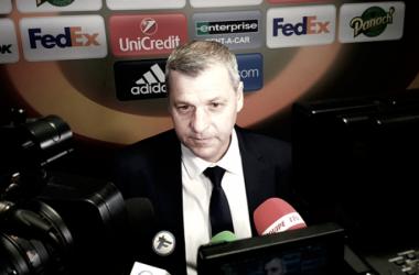 Após vencer Ajax na volta, Bruno Génésio lamenta eliminação do Lyon na Europa League