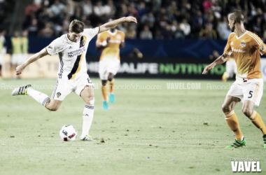 Los Angeles Galaxy continue winning streak with 1-0 win over Houston Dynamo