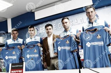 De izda. a dcha. Jaime Mata, Sergi Guardiola, Rober y Leandro Chichizola. Vía Getafe CF