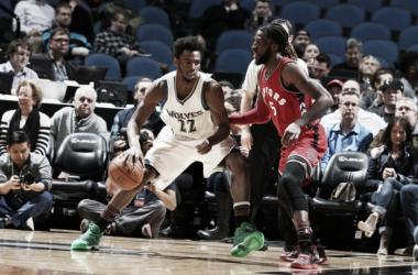 El binomio Wiggins-Towns marca la diferencia contra los Raptors