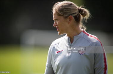 Phil Neville hails new Lionesses recruit Dawn Scott as 'elite'