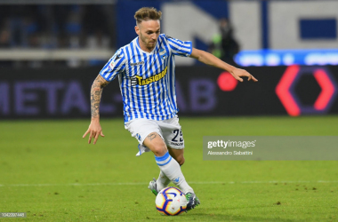Manuel Lazzari in action for SPAL (Image from Getty Images/Alessandro Sabattini)