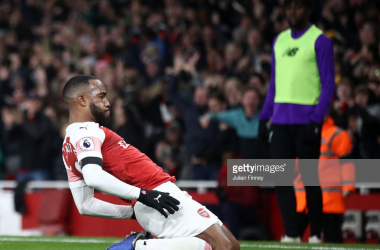 LONDON, ENGLAND - NOVEMBER 03: Alexandre Lacazette of Arsenal celebrates after he scores his sides first goal during the Premier League match between Arsenal FC and Liverpool FC at Emirates Stadium on November 3, 2018 in London, United Kingdom. (Photo by Julian Finney/Getty Images)