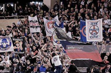 La hinchada del PSG celebra en Mónaco. Foto: Getty images.
