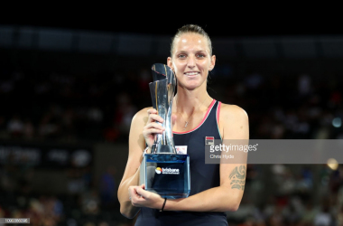 Pliskova holds her championship trophy/Photo: Chris Hyde/Getty Images