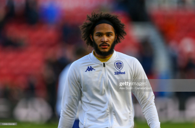 MIDDLESBROUGH, ENGLAND - FEBRUARY 09: Leeds Uniteds Izzy Brown warms up during the Sky Bet Championship match between Middlesbrough and Leeds United at Riverside Stadium on February 9, 2019 in Middlesbrough, England. (Photo by Alex Dodd - CameraSport via Getty Images)