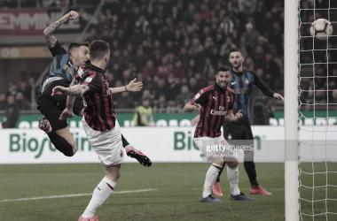 Matías Vecino abre el marcador ante el AC Milan en el último Derbi / Foto: Getty images