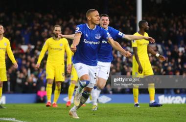 Everton 2-0 Chelsea: Sarri's lackadaisical Blues dealt further blow in top four pursuit