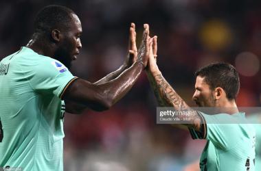 Lukaku and Sensi celebrate the winning goal. Photo: Claudio Villa/Getty Images