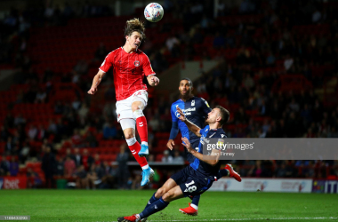 Conor Gallagher of Charlton Athletic jumps to head the ball under pressure from Jack Robinson of Nottingham Forest during the Sky Bet League One match between Charlton Athletic and Nottingham Forest at The Valley on August 21, 2019. (Photo by Julian Finney/Getty Images)