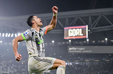 Cristiano Ronaldo celebrates his late game winning penalty kick that saved Juventus from a disappointing result against Genoa (Getty Images/Daniele Badolato)