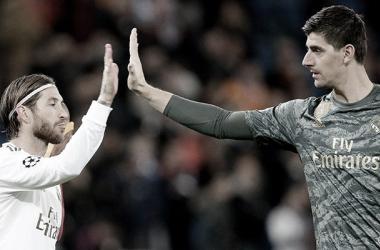 Sergio Ramos y Thibaut Courtois. Fuente: Real Madrid