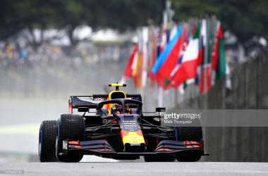 Albon crashes but still fastest in wet FP1