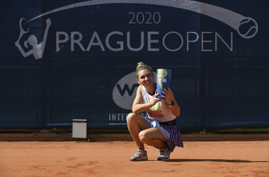 WTA Prague: Simona Halep Captures 21st Career Title