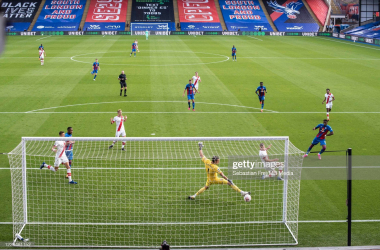 Wilfried Zaha of Crystal Palace scores a goal during the Premier League match between Crystal Palace and Southampton at Selhurst Park on September 12, 2020 in London, United Kingdom. (Photo by Sebastian Frej/MB Media/Getty Images)