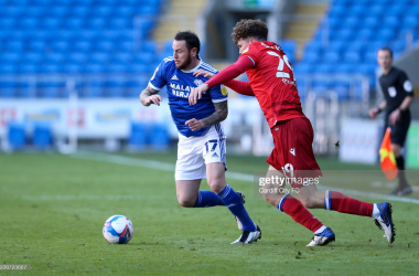 Cardiff City's Lee Tomlin in action against Reading | Photo by Cardiff City FC|Getty Images
