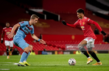 Manchester United 1-0 West Ham United LIVE: McTominay gives United the lead!