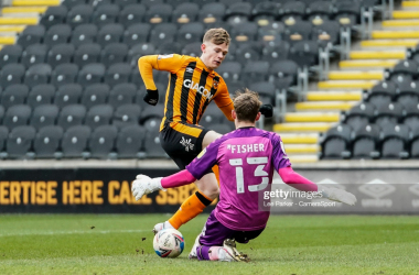Hull City 0-1 MK Dons: Fraser penalty punishes misfiring Tigers