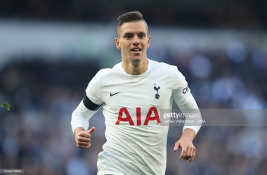 LONDON, ENGLAND - OCTOBER 03: Giovani Lo Celso of Tottenham Hotspur during the Premier League match between Tottenham Hotspur and Aston Villa at Tottenham Hotspur Stadium on October 3, 2021 in London, England. (Photo by James Williamson - AMA/Getty Images)
