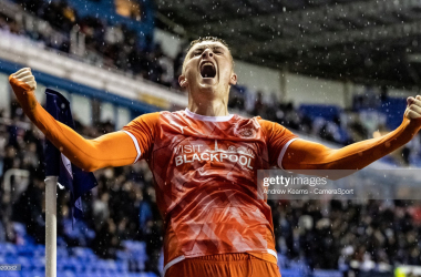 Blackpool's Sonny Carey celebrates victory at the end of the match during the Sky Bet Championship match between Reading and Blackpool at Madejski Stadium on October 20, 2021 in Reading, England. (Photo by Andrew Kearns - CameraSport via Getty Images)