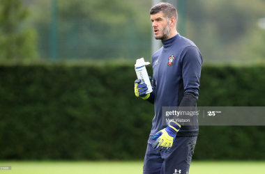 Fraser Forster set to stay at Southampton
