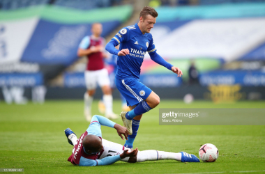 <div>LEICESTER, ENGLAND - OCTOBER 04: Jamie Vardy of Leicester City is challenged by Angelo Ogbonna of West Ham United during the Premier League match between Leicester City and West Ham United at The King Power Stadium on October 04, 2020 in Leicester, England. Sporting stadiums around the UK remain under strict restrictions due to the Coronavirus Pandemic as Government social distancing laws prohibit fans inside venues resulting in games being played behind closed doors. (Photo by Marc Atkins/Getty Images)</div>