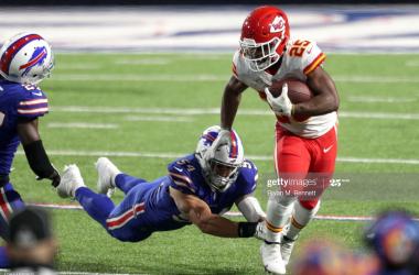Chiefs run over Bills on Monday Night Football