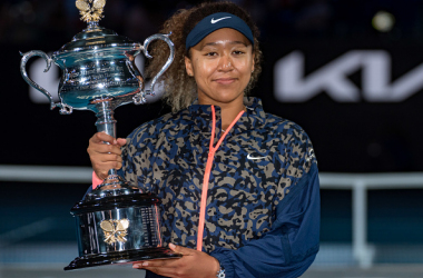 Naomi Osaka with her Australian Open title (Andy Cheung/Getty Images)
