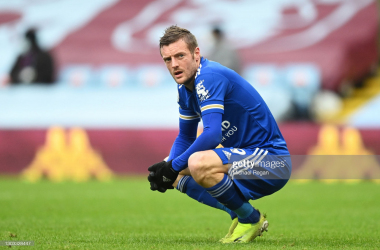 Jamie Vardy squatting amid an instance during Leicester CIty's visit to Villa Park in February.|Photo: Getty/ Michael Reagan