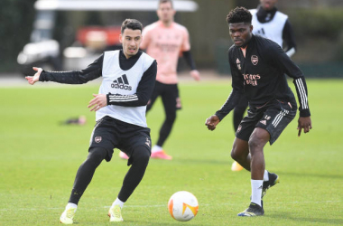 ST ALBANS, ENGLAND - FEBRUARY 24: (L-R) Gabriel Martinelli and Thomas Partey of Arsenal during a trining session at London Colney on February 24, 2021 in St Albans, England. (Photo by Stuart MacFarlane/Arsenal FC via Getty Images)