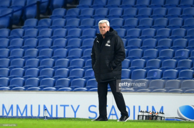 BRIGHTON, ENGLAND - MARCH 20: Steve Bruce, Manager of Newcastle United looks on during the Premier League match between Brighton & Hove Albion and Newcastle United at American Express Community Stadium on March 20, 2021 in Brighton, England. Sporting stadiums around the UK remain under strict restrictions due to the Coronavirus Pandemic as Government social distancing laws prohibit fans inside venues resulting in games being played behind closed doors. (Photo by Mike Hewitt/Getty Images)
