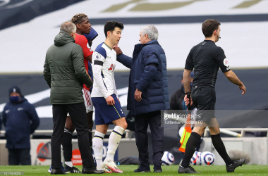 LONDON, ENGLAND - APRIL 11: Jose Mourinho, Manager of Tottenham Hotspur shakes hands with Paul Pogba of Manchester United after the Premier League match between Tottenham Hotspur and Manchester United at Tottenham Hotspur Stadium on April 11, 2021 in London, England. Sporting stadiums around the UK remain under strict restrictions due to the Coronavirus Pandemic as Government social distancing laws prohibit fans inside venues resulting in games being played behind closed doors. (Photo by Tottenham Hotspur FC/Tottenham Hotspur FC via Getty Images)