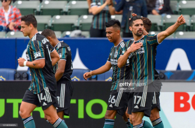 Los Angeles Galaxy 2-0 Austin FC: Lletget, Chicharito lead hosts to victory