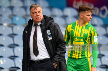 Sam Allardyce, Manager of West Bromwich Albion looks on during the Premier League match between Leeds United and West Bromwich Albion at Elland Road on May 23, 2021 in Leeds, England. A limited number of fans will be allowed into Premier League stadiums as Coronavirus restrictions begin to ease in the UK. (Photo by Stu Forster/Getty Images)