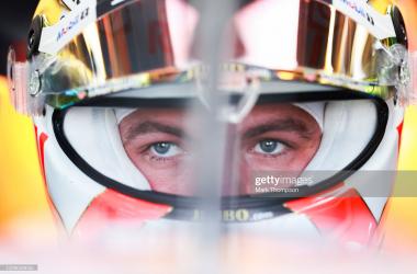 2021 British GP Practice 1 - Verstappen tops times, as Mercedes fall short.