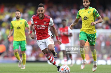 Pierre-Emerick Aubameyang of Arsenal chases the ball down during the Premier League match between Arsenal and Norwich City at Emirates Stadium on September 11, 2021 in London, England. (Photo by Julian Finney/Getty Images)